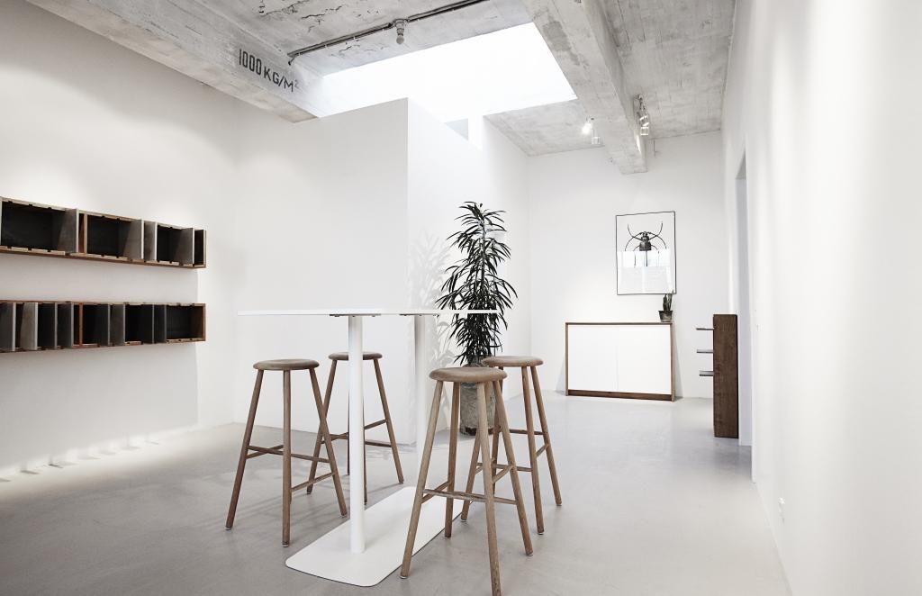showroom med billede